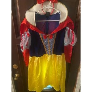 Women's Snow White Halloween Costume Plus 1x /2x